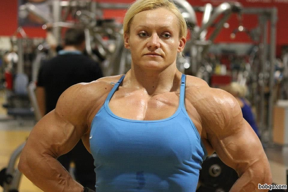 hottest female bodybuilder with strong body and toned legs image from flickr