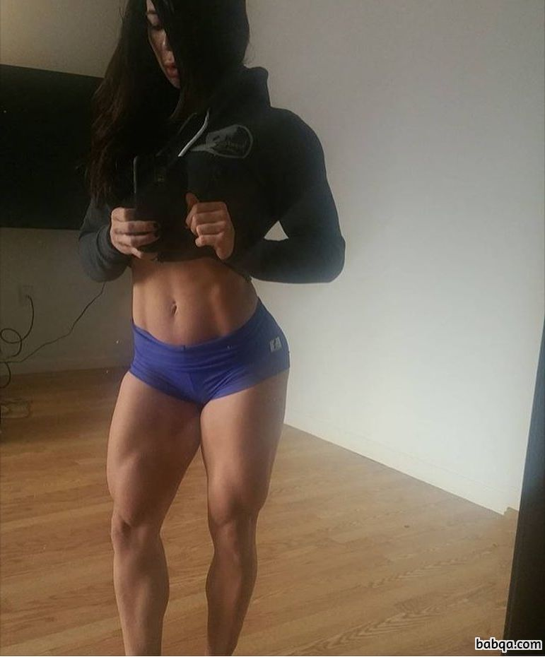 spicy female bodybuilder with muscle body and toned legs post from reddit