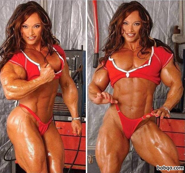 awesome female bodybuilder with strong body and toned ass pic from facebook