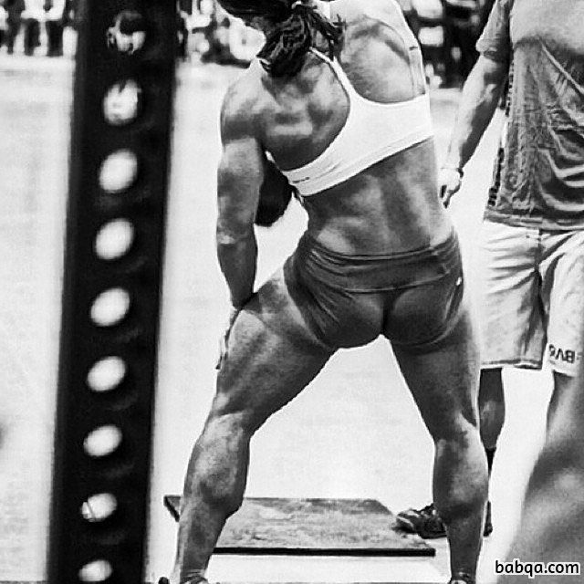 cute lady with muscular body and toned ass repost from g+