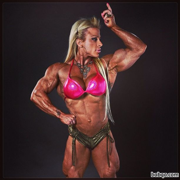 beautiful babe with fitness body and muscle bottom image from g+