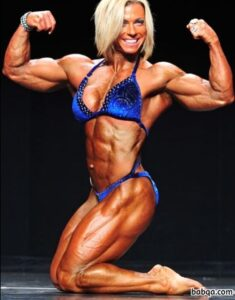 awesome chick with fitness body and toned biceps photo from g+