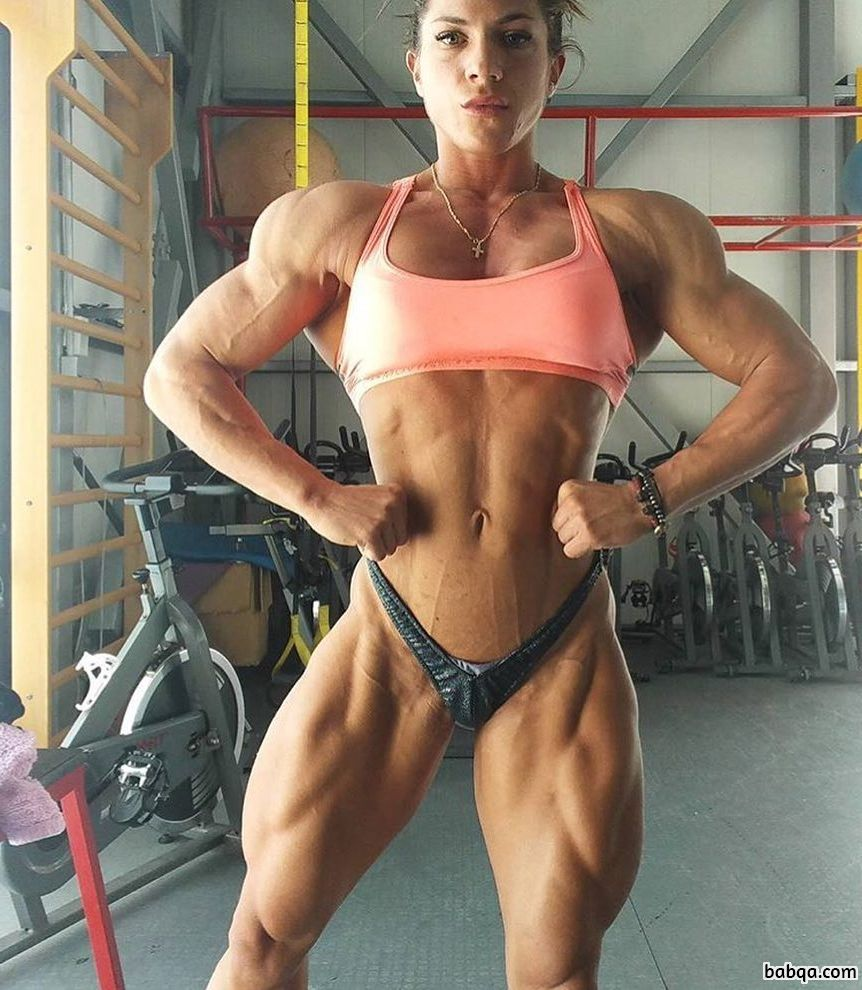 hot female with muscle body and muscle bottom pic from linkedin