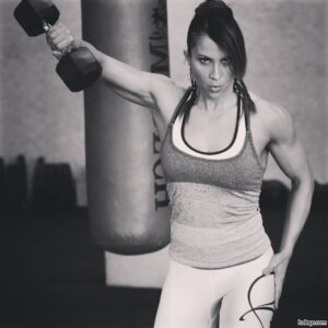 hottest woman with strong body and muscle legs image from facebook