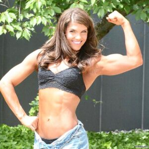 awesome female bodybuilder with muscle body and muscle bottom post from g+