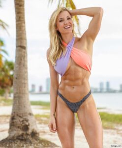 sexy female bodybuilder with strong body and toned biceps pic from tumblr