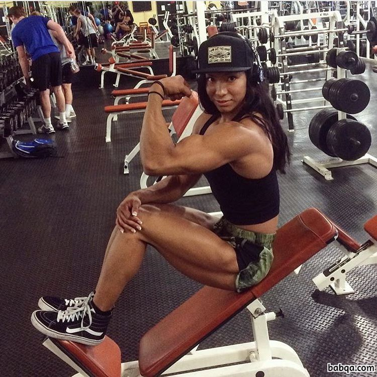 awesome chick with muscular body and muscle legs photo from reddit