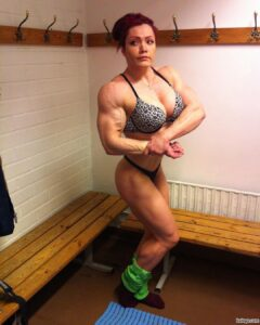 hottest female bodybuilder with muscular body and muscle bottom pic from linkedin