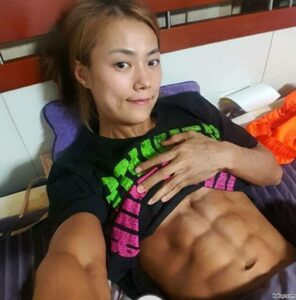 perfect lady with muscle body and muscle bottom post from reddit