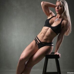hottest woman with strong body and muscle bottom photo from instagram