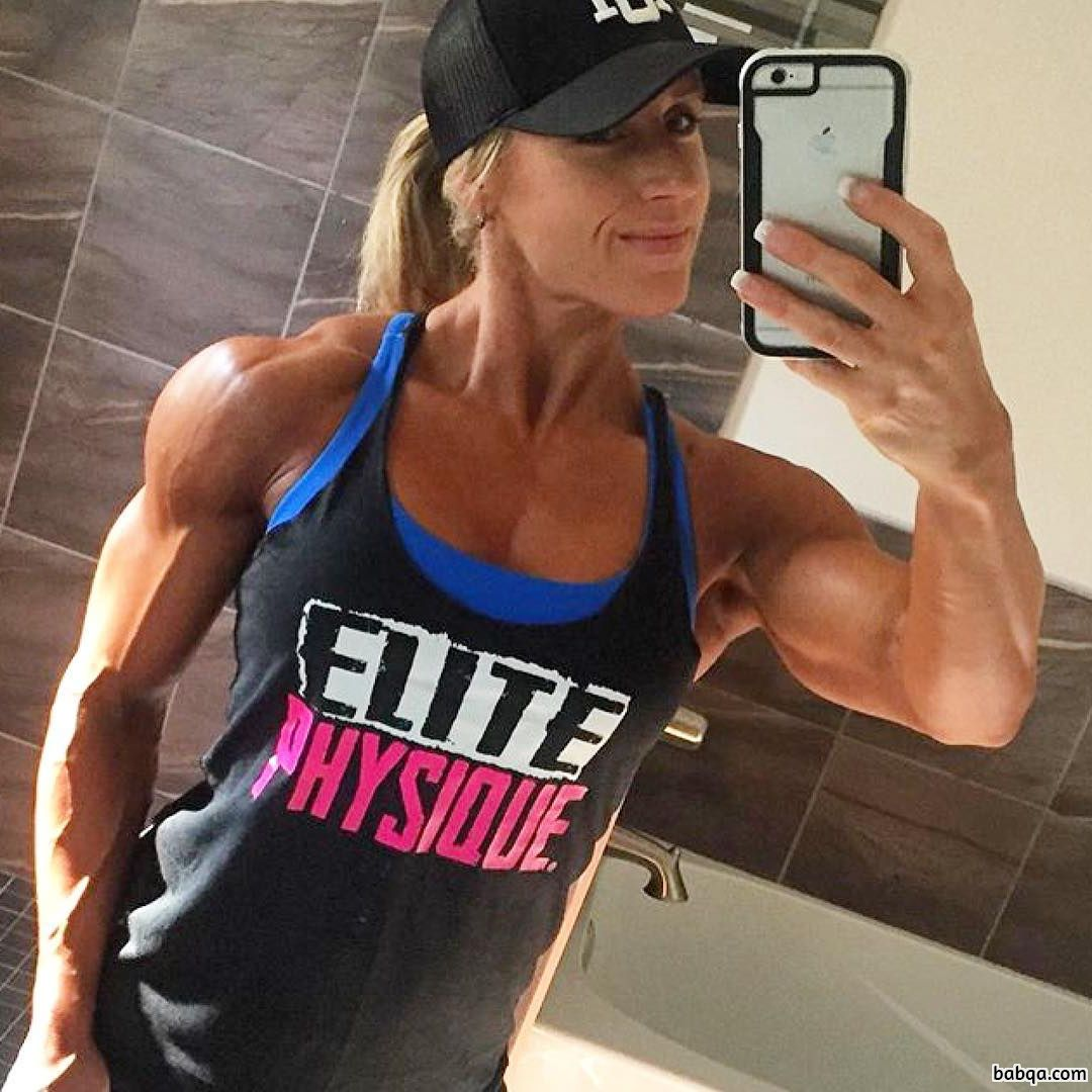 hottest lady with muscle body and muscle booty repost from g+
