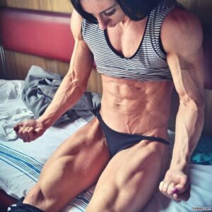 beautiful chick with muscular body and muscle booty photo from facebook