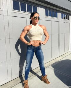 cute chick with muscle body and muscle bottom picture from linkedin