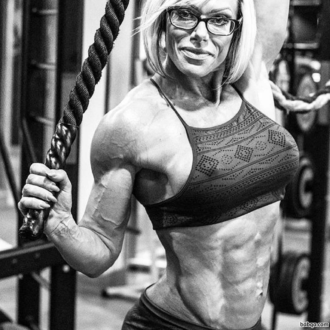 perfect female with muscle body and muscle ass picture from g+