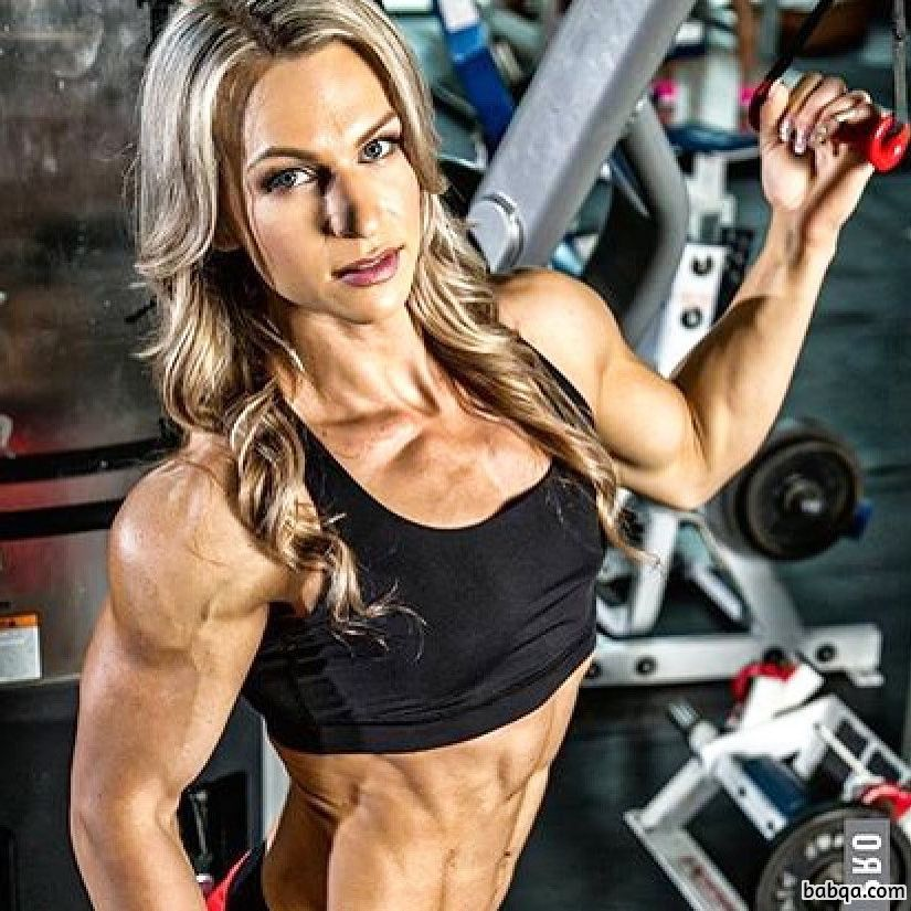 hot female with muscle body and muscle arms image from insta