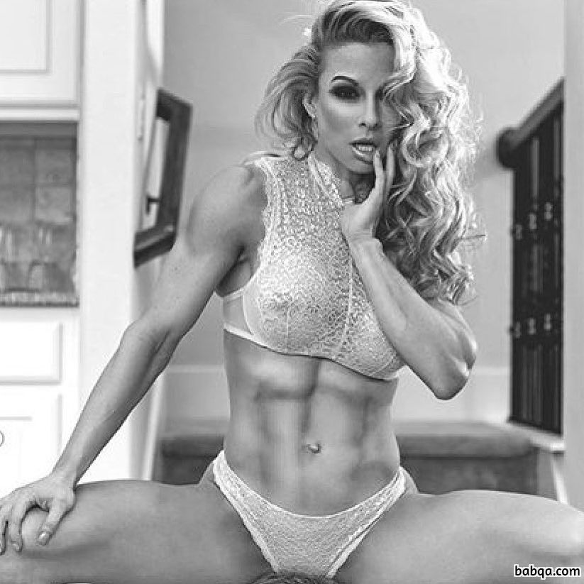 hottest lady with fitness body and muscle bottom photo from tumblr
