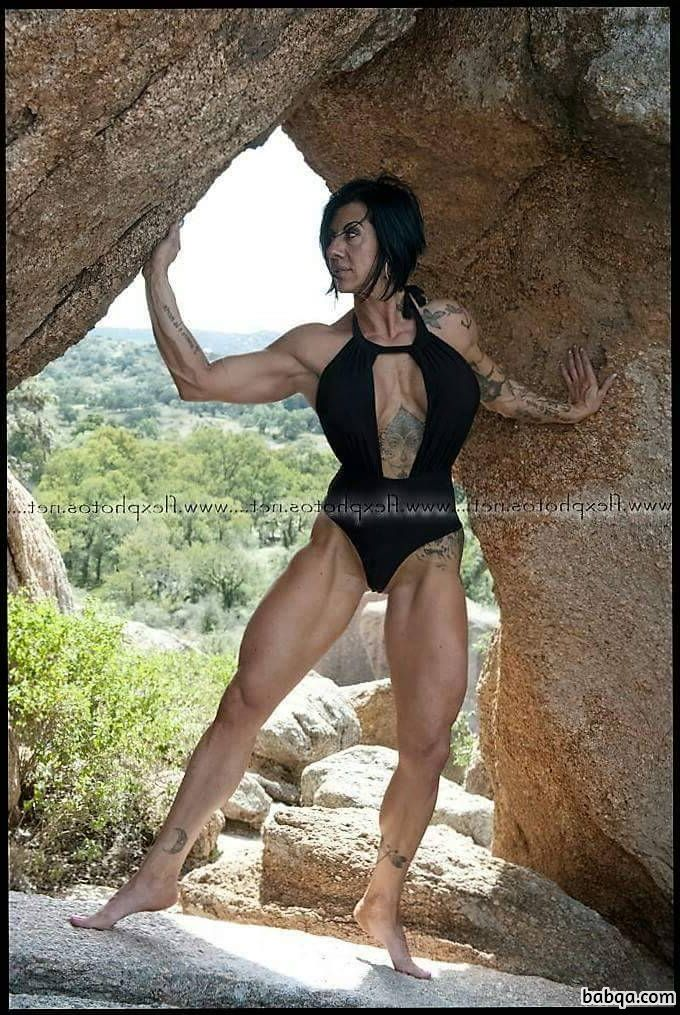 hot female bodybuilder with muscle body and muscle booty image from flickr