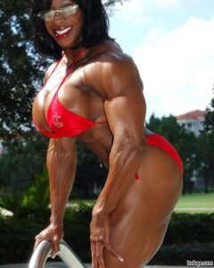 perfect female with muscle body and muscle ass pic from g+