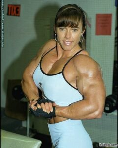 hot woman with strong body and toned arms photo from facebook