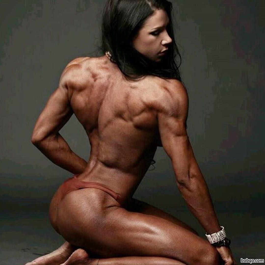 beautiful female bodybuilder with muscular body and muscle biceps post from g+