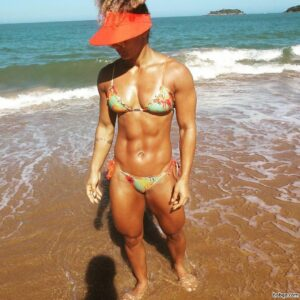 awesome female bodybuilder with muscle body and toned booty photo from g+