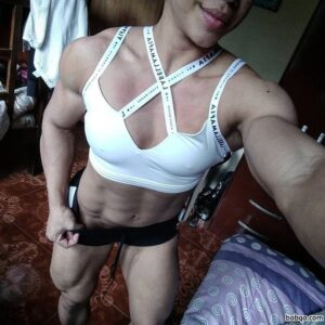 awesome chick with muscle body and toned biceps pic from reddit