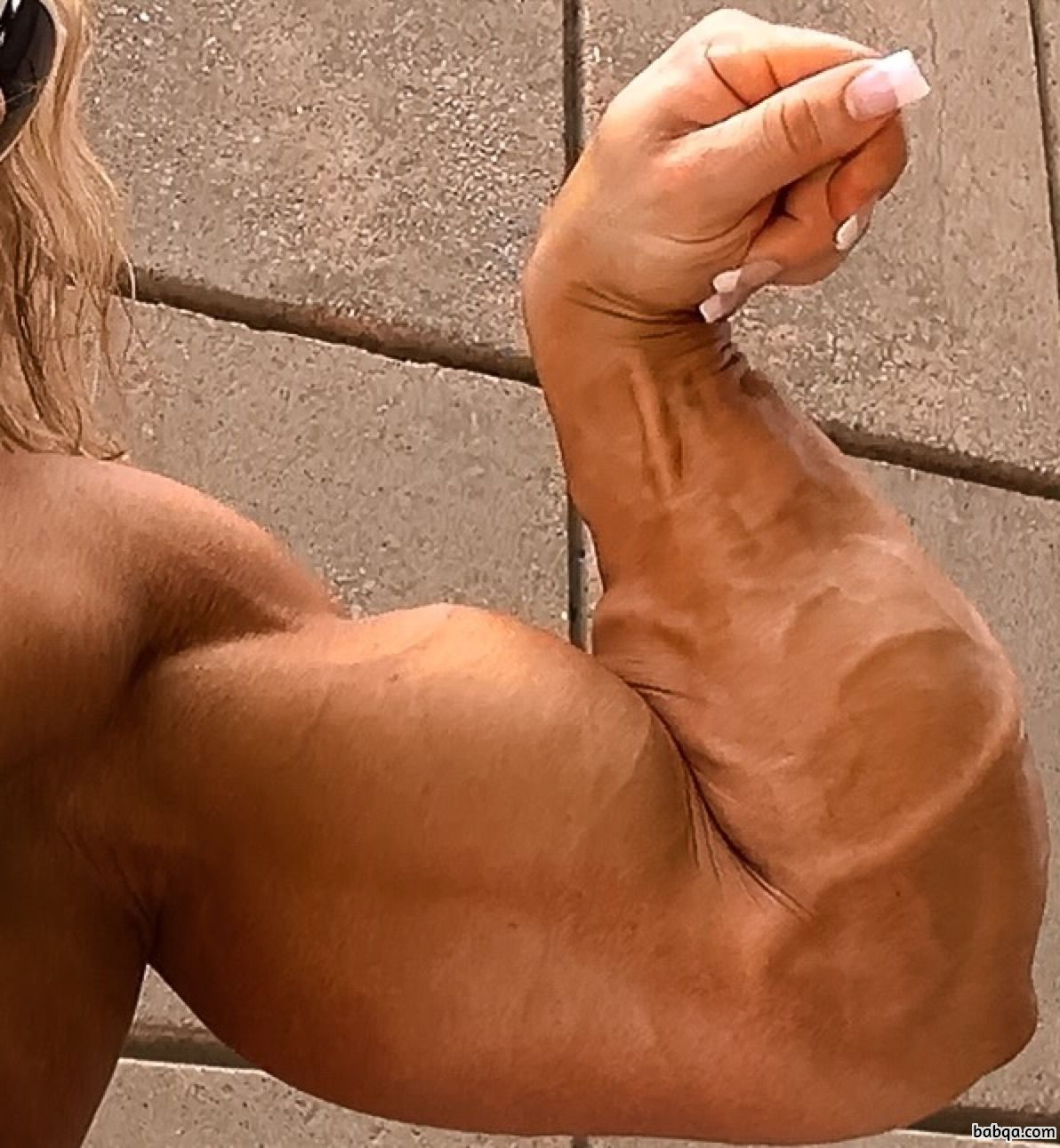 hot babe with strong body and muscle arms pic from reddit
