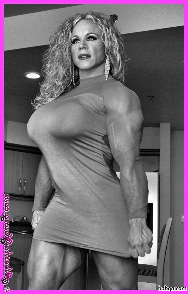 sexy chick with fitness body and muscle bottom image from flickr