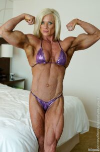 beautiful babe with muscular body and muscle biceps picture from reddit