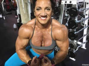 cute lady with muscular body and muscle biceps pic from flickr