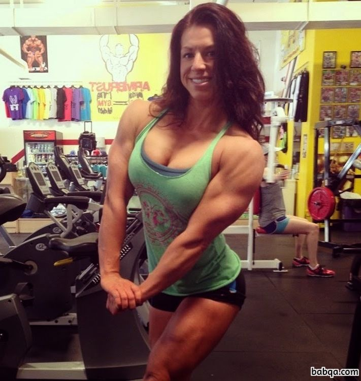 cute female bodybuilder with strong body and toned arms pic from tumblr