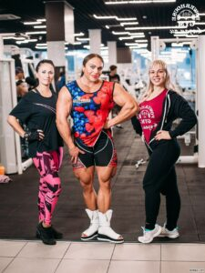 spicy female bodybuilder with strong body and muscle arms photo from linkedin