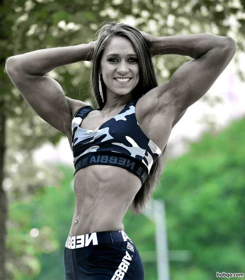 sexy female bodybuilder with muscle body and toned bottom pic from insta
