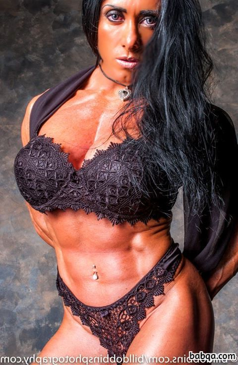 awesome chick with strong body and toned biceps post from g+