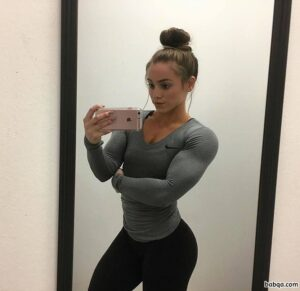 hot chick with muscle body and muscle bottom picture from facebook