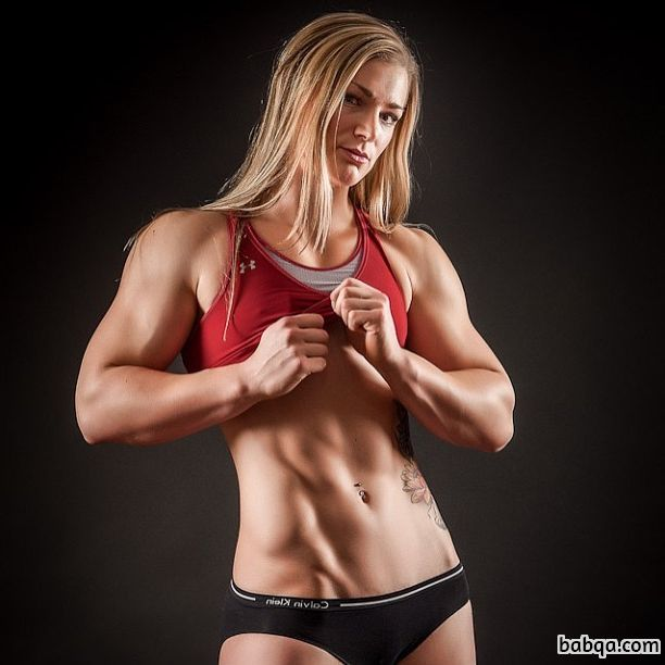 beautiful woman with muscle body and toned biceps picture from reddit