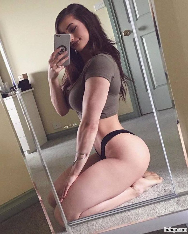 awesome lady with strong body and toned booty pic from tumblr
