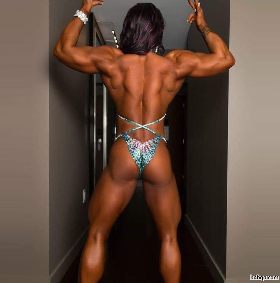 awesome female bodybuilder with strong body and muscle bottom post from insta