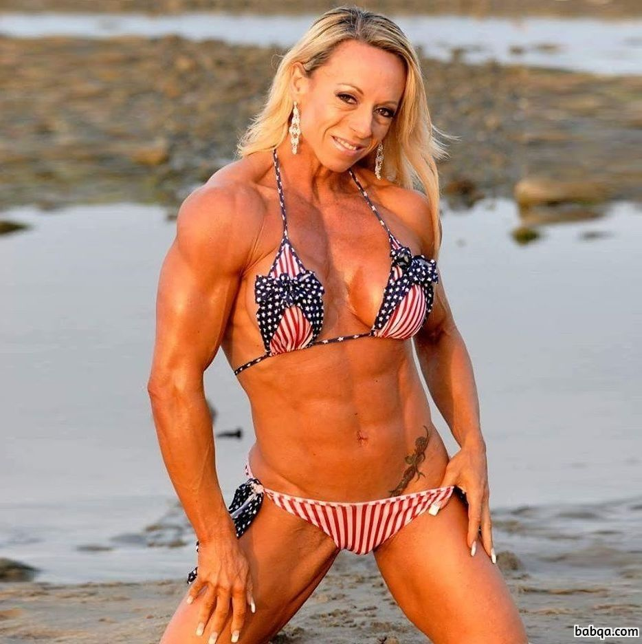 beautiful woman with muscle body and muscle legs post from facebook
