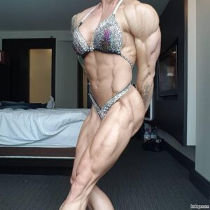 perfect lady with muscle body and muscle biceps repost from tumblr