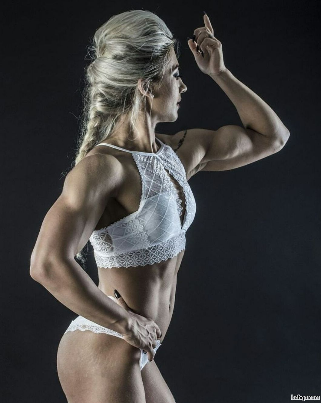 hottest female with fitness body and toned arms pic from instagram