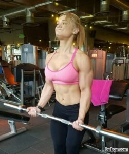 awesome chick with muscle body and toned arms picture from facebook