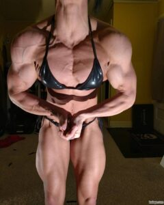 cute female bodybuilder with muscle body and toned arms pic from insta