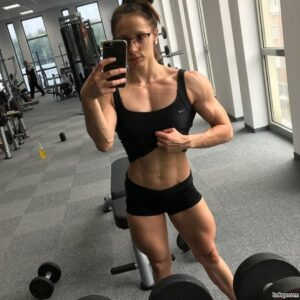awesome lady with muscular body and toned legs pic from facebook