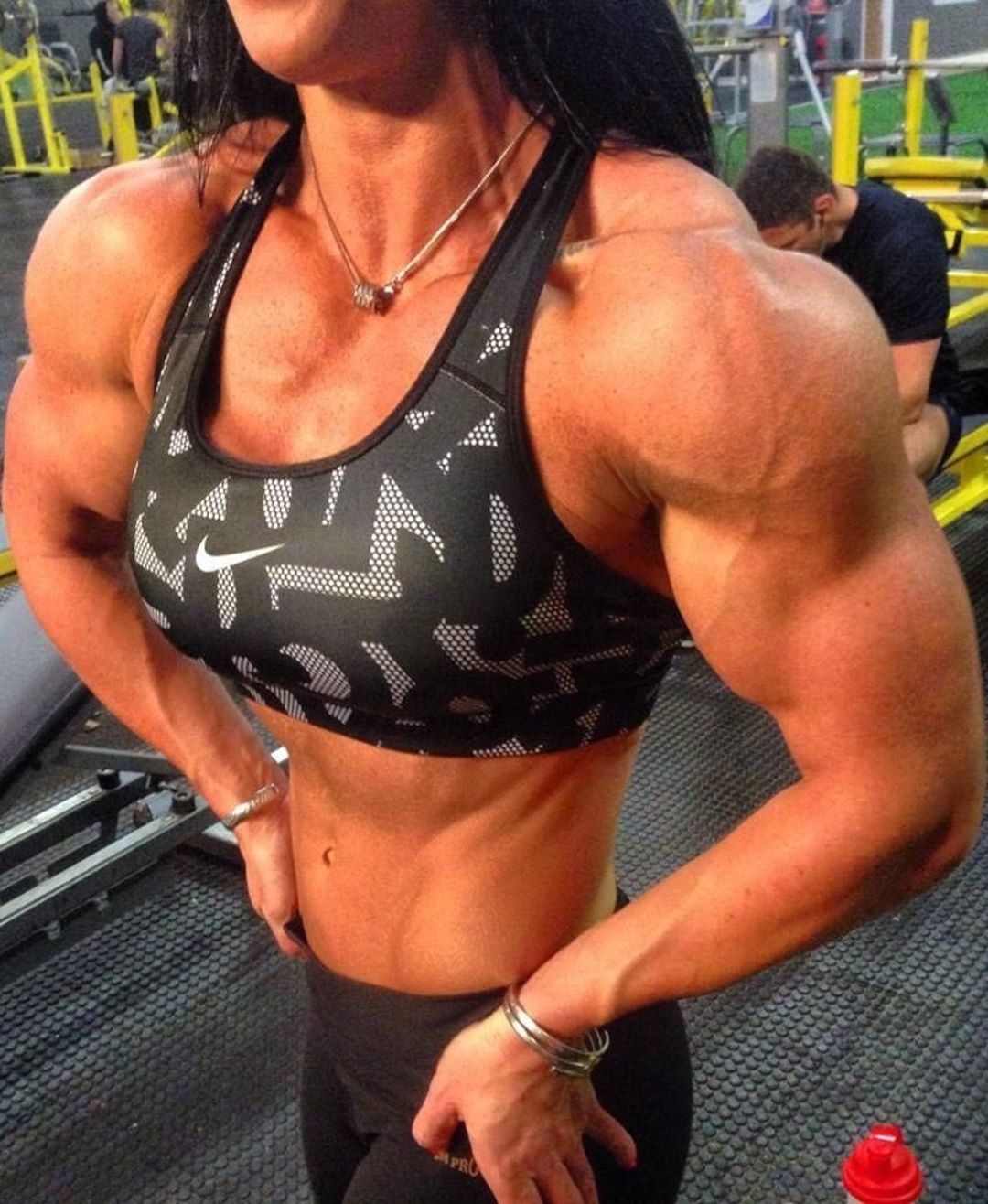 beautiful female bodybuilder with strong body and muscle bottom repost from reddit