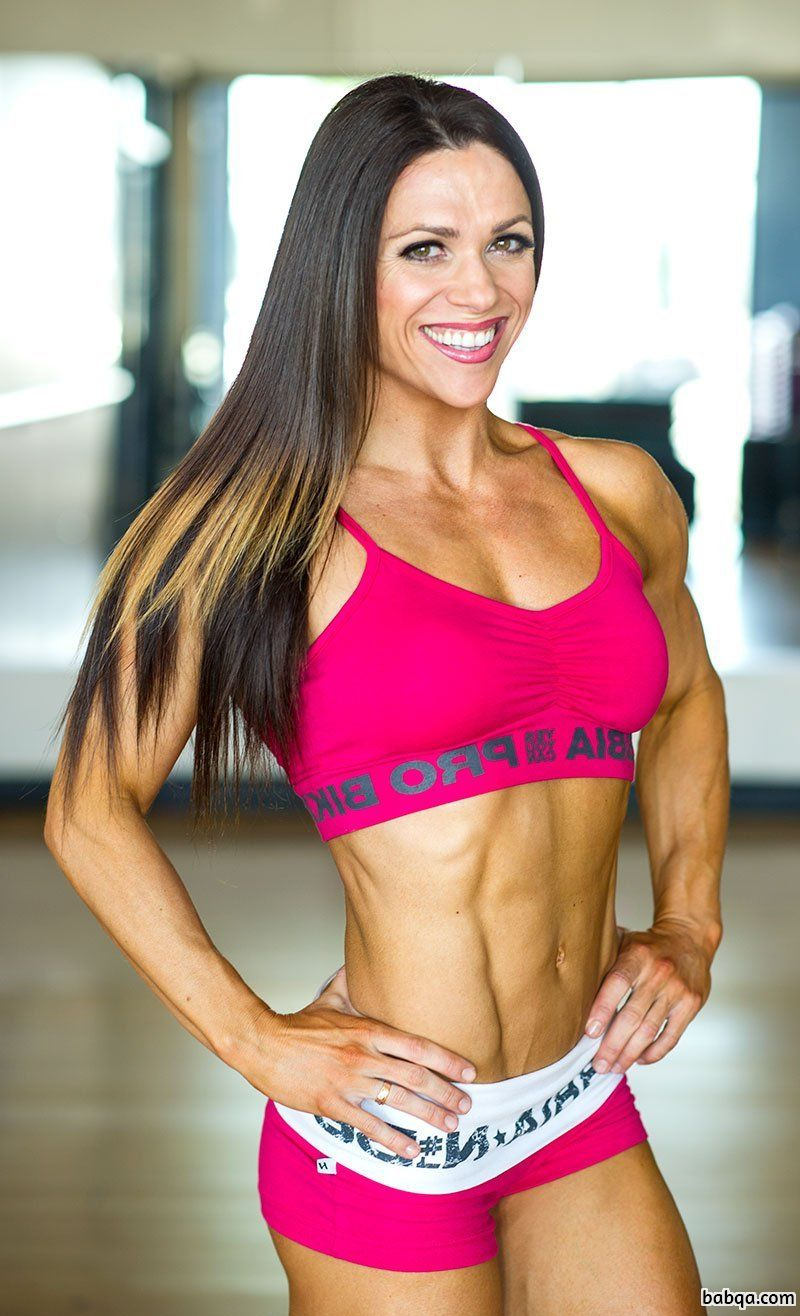 hottest lady with muscular body and muscle bottom photo from facebook