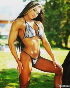 cute chick with muscular body and muscle legs post from facebook