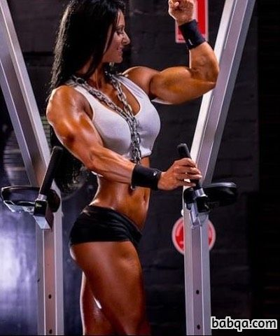 perfect female bodybuilder with fitness body and toned legs pic from reddit