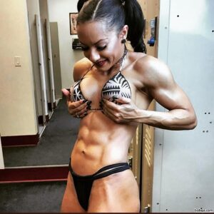 sexy female bodybuilder with strong body and toned biceps post from g+