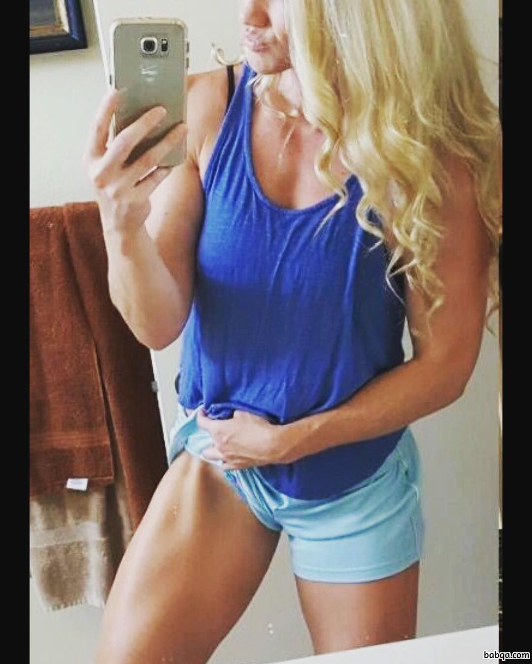 hot lady with muscular body and muscle biceps photo from reddit